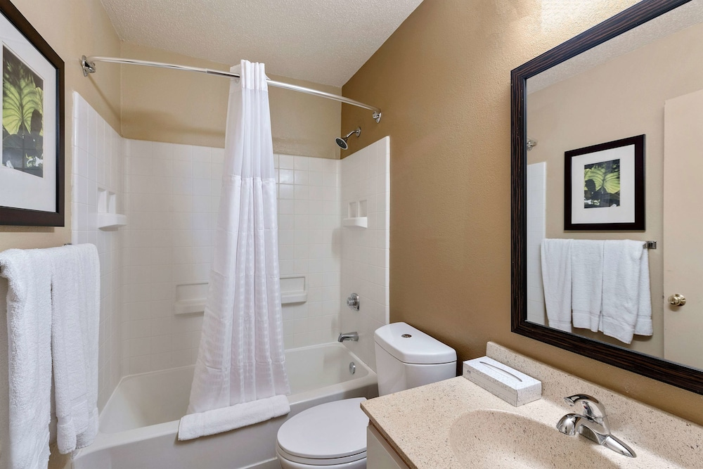 Bathroom, Extended Stay America Charlotte – Tyvola Rd – Executive Park
