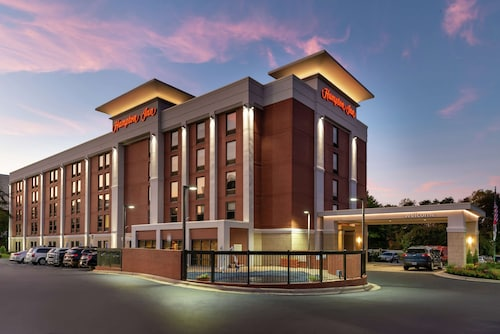 Hampton Inn Greensboro-Airport