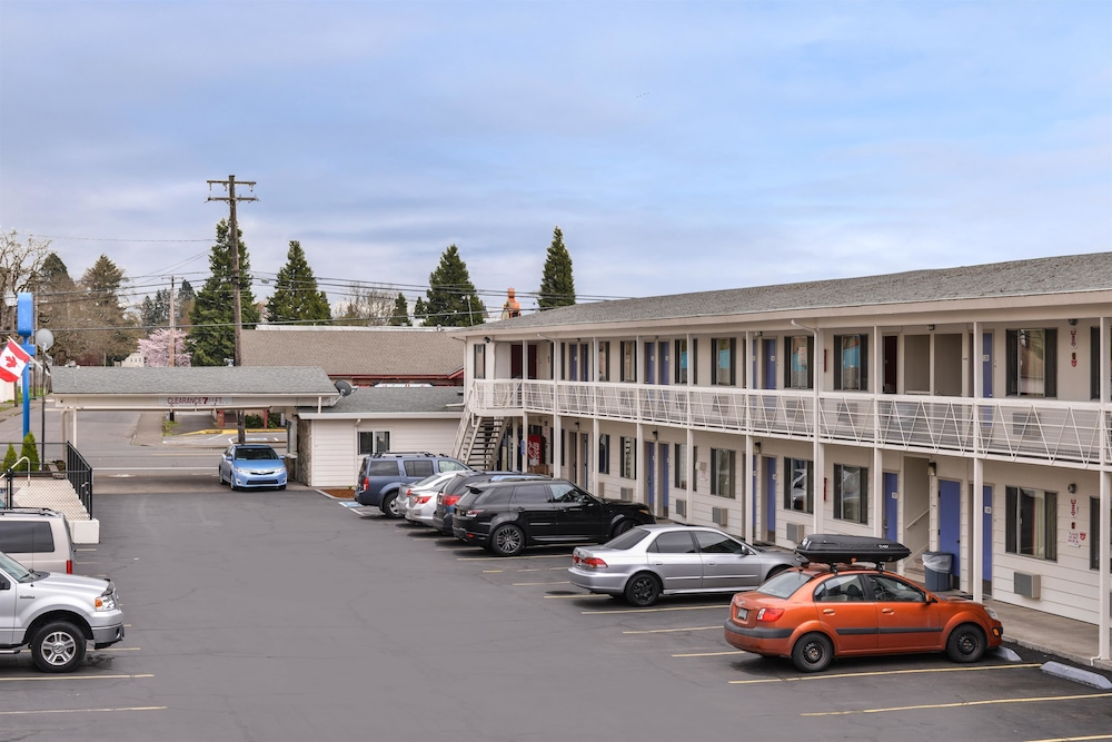 Exterior, Motel 6 Salem, OR - Expo Center