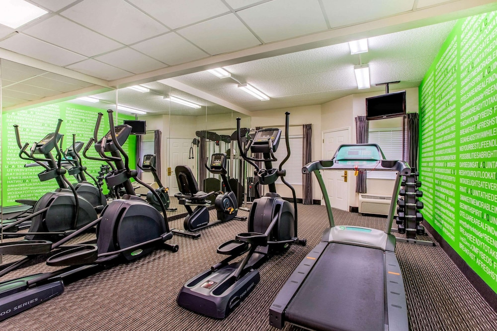 Fitness Facility, La Quinta Inn & Suites by Wyndham Raleigh Durham Intl AP