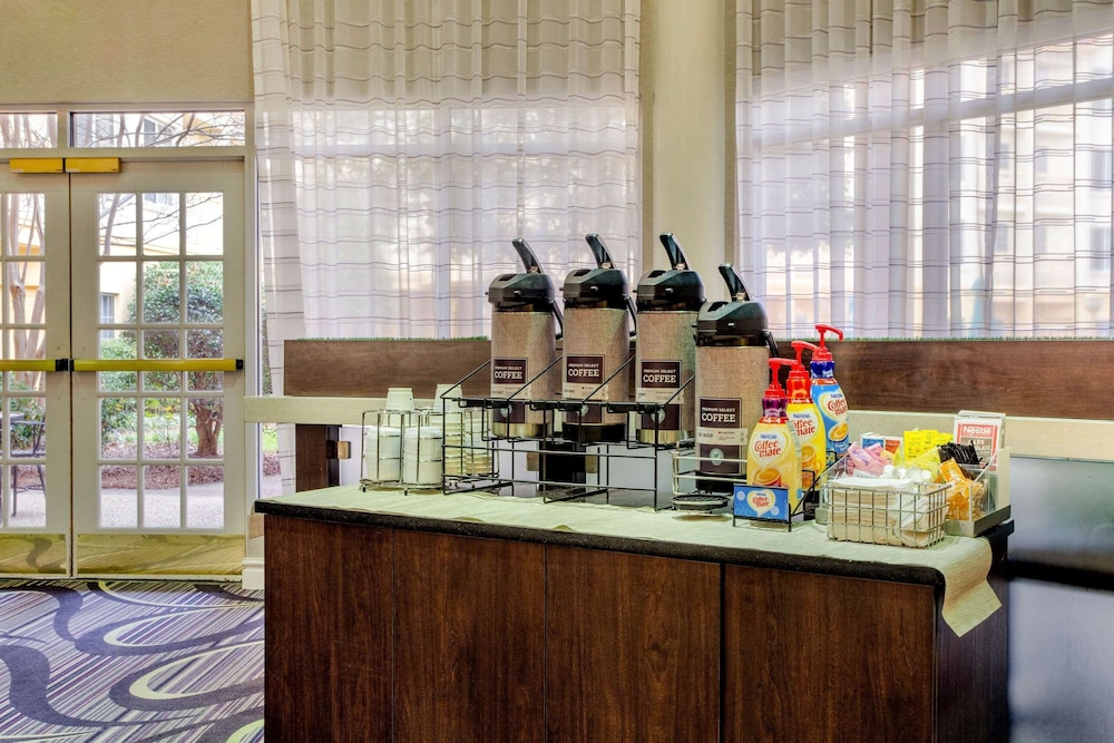 Property Amenity, La Quinta Inn & Suites by Wyndham Raleigh Durham Intl AP
