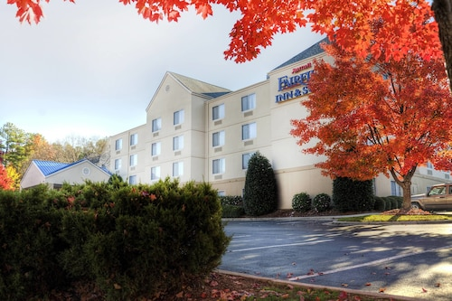 Great Place to stay Fairfield Inn By Marriott Raleigh Crabtree near Raleigh