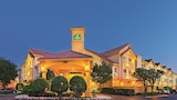 La Quinta Inn & Suites Dallas DFW Airport North - Irving Hotels