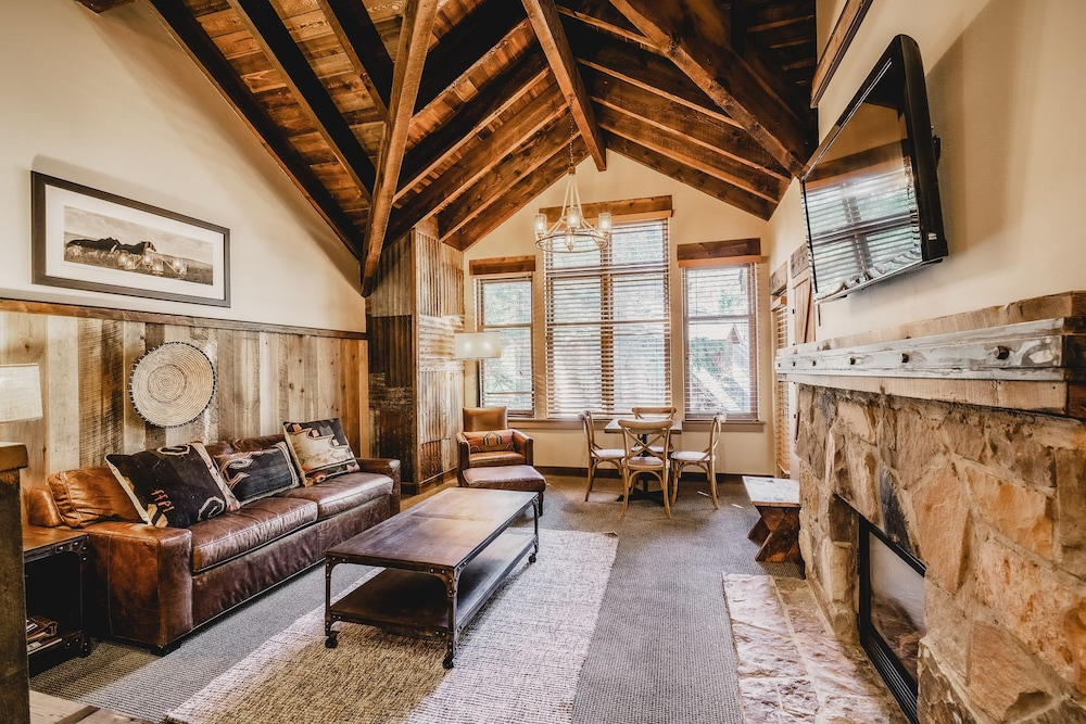 Living Area, Sundance Mountain Resort