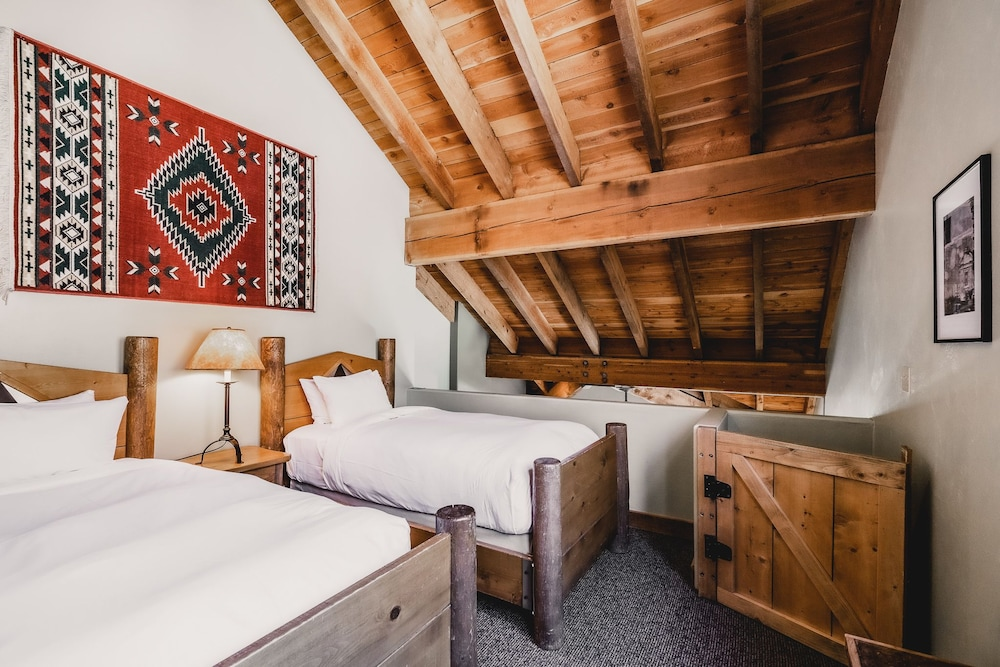 Extra Beds, Sundance Mountain Resort