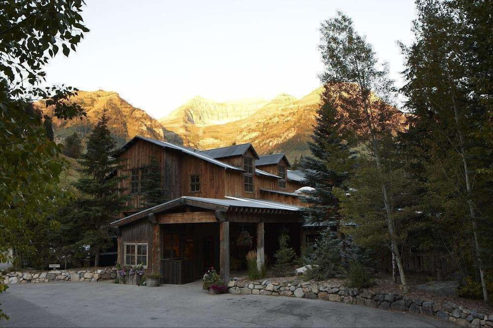 Front of Property, Sundance Mountain Resort