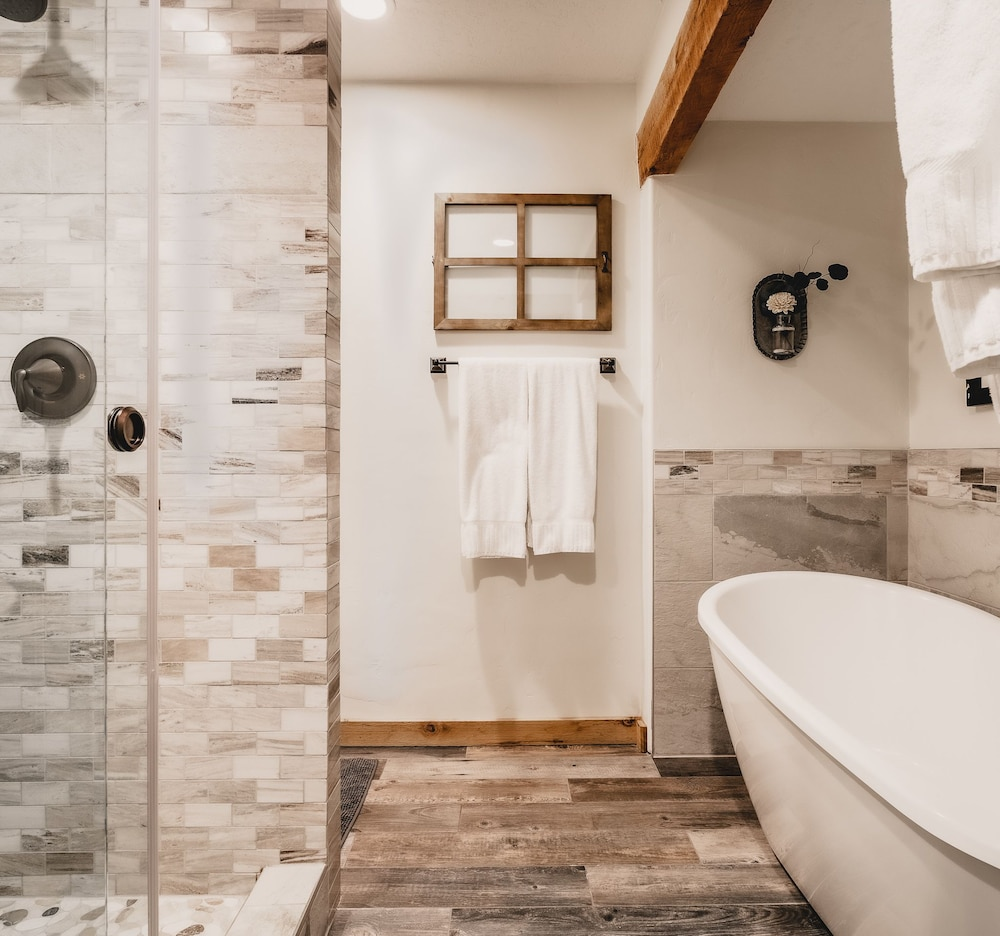 Bathroom, Sundance Mountain Resort
