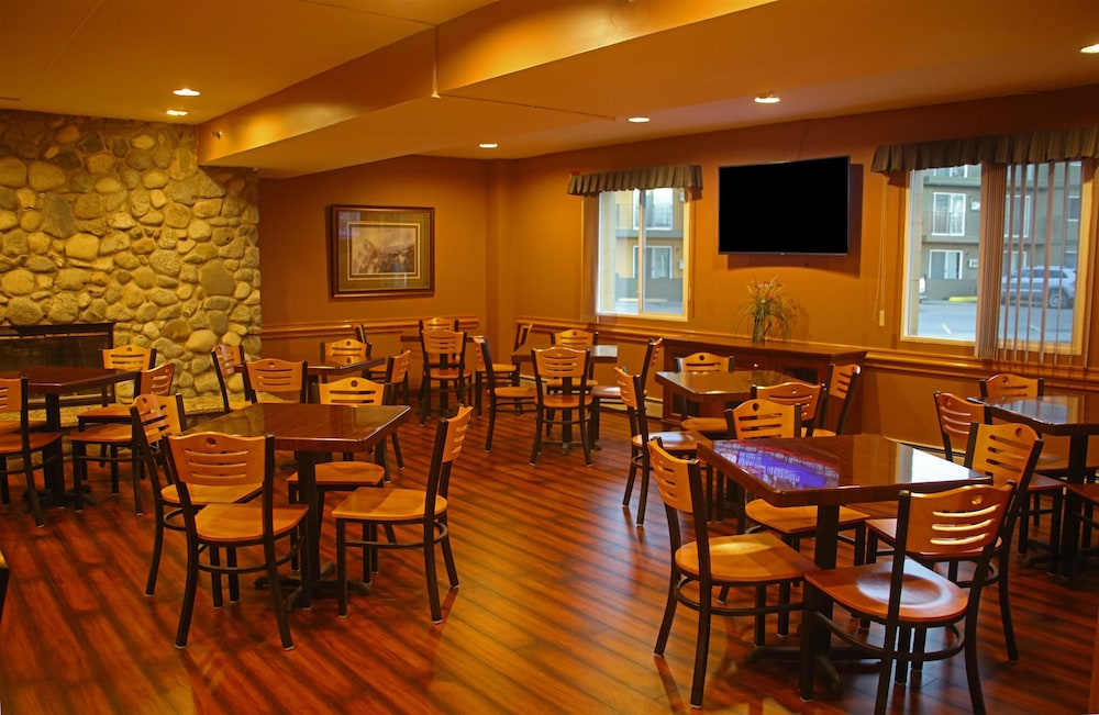 Dining, Americas Best Value Inn & Suites Anchorage Airport