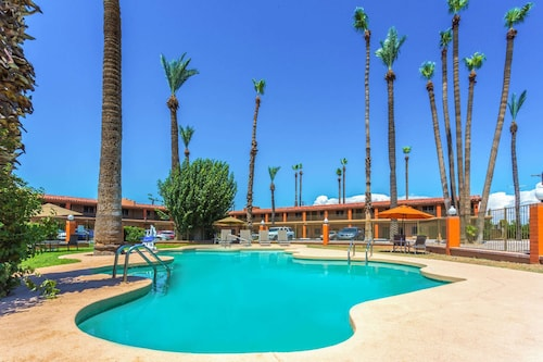 Check Expedia for Availability of Howard Johnson by Wyndham Phoenix Airport/Downtown Area