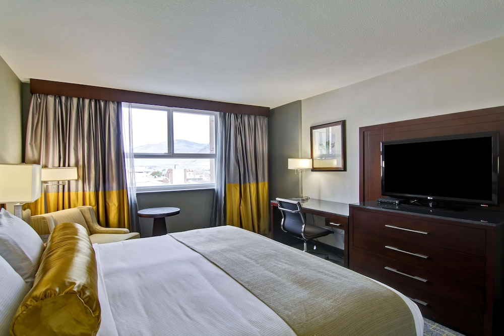 Room, Doubletree by Hilton Hotel Kamloops
