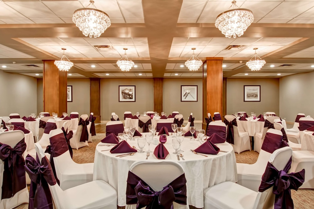 Banquet Hall, Doubletree by Hilton Hotel Kamloops