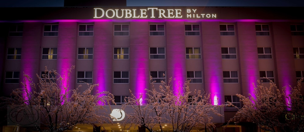 Exterior, Doubletree by Hilton Hotel Kamloops