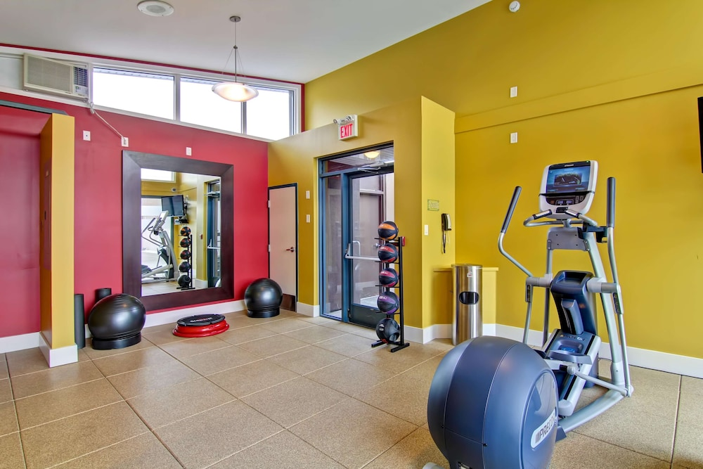 Fitness Facility, Doubletree by Hilton Hotel Kamloops