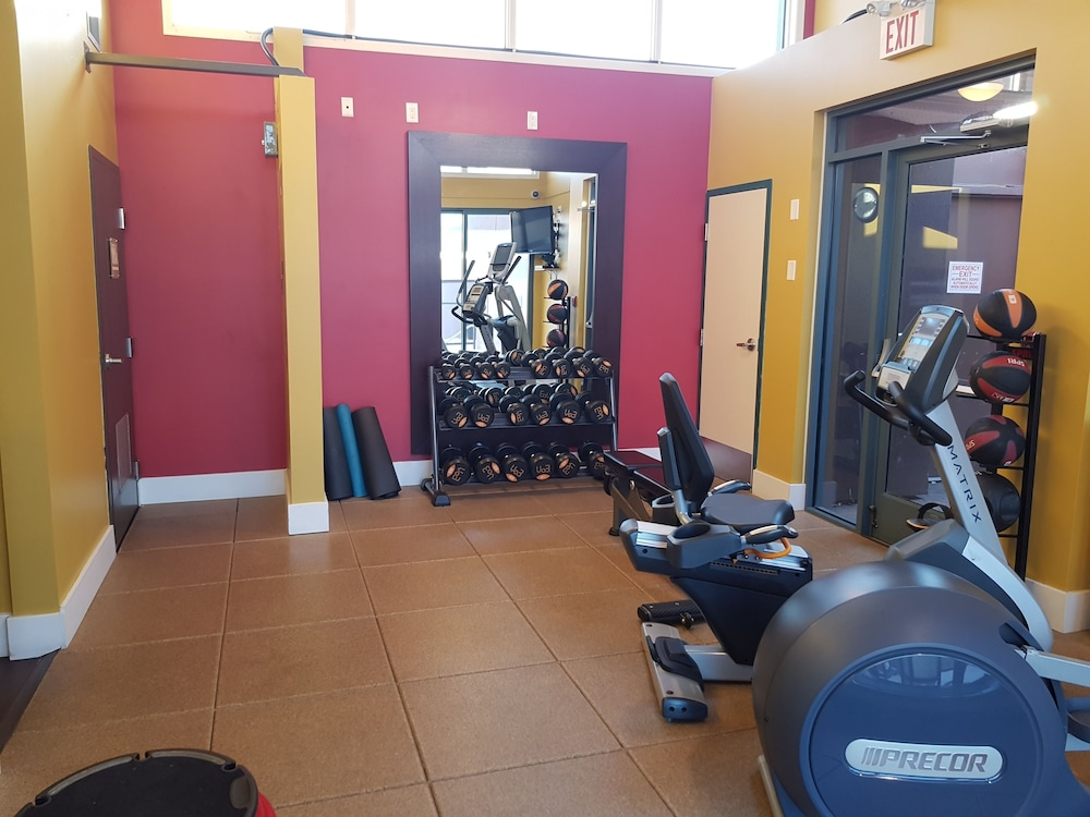 Gym, Doubletree by Hilton Hotel Kamloops