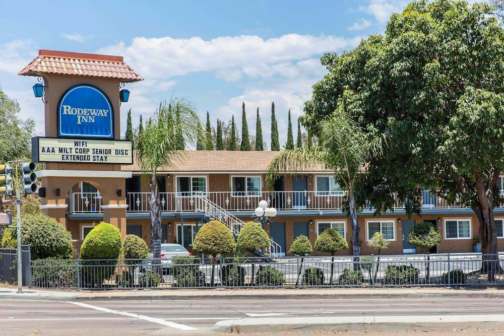 Rodeway Inn Escondido Downtown In Hotel Deals Rates Reviews On Tickets