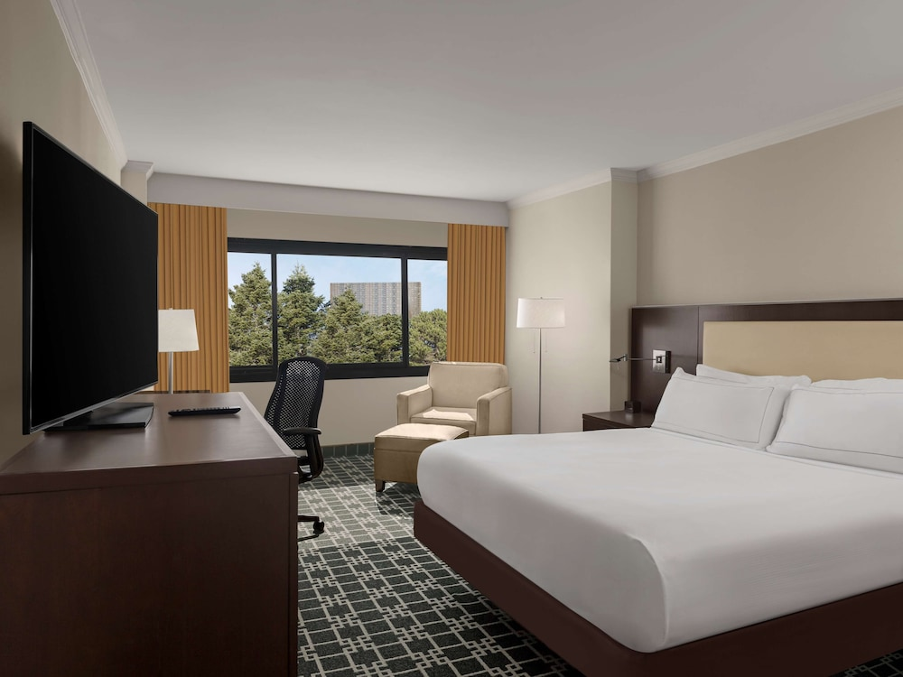 Room Amenity, DoubleTree by Hilton Fort Lee - George Washington Bridge