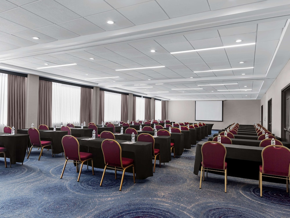Meeting Facility, DoubleTree by Hilton Fort Lee - George Washington Bridge