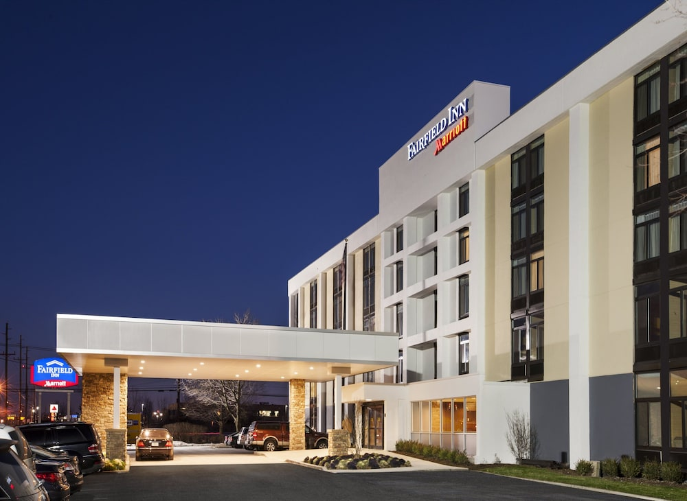 Fairfield inn by marriott east rutherford meadowlands in for Hotels jersey