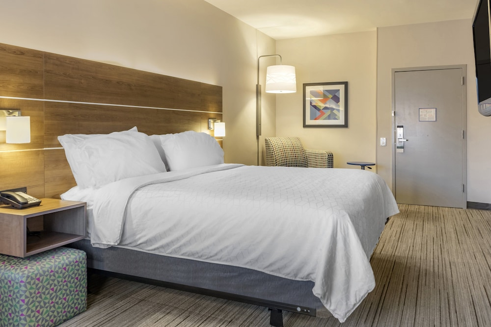 Room, Holiday Inn Express Hotel & Suites Albuquerque Midtown