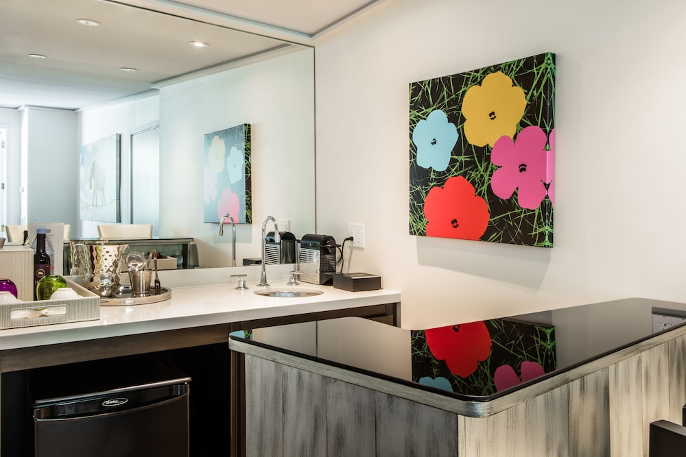 Private Kitchenette, The Mosaic Hotel - Beverly Hills