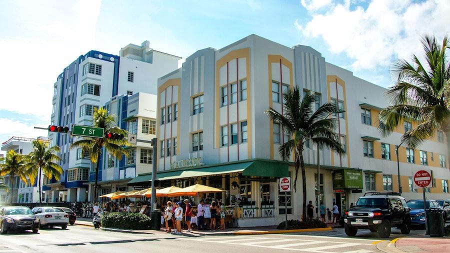 Majestic South Beach Hotel