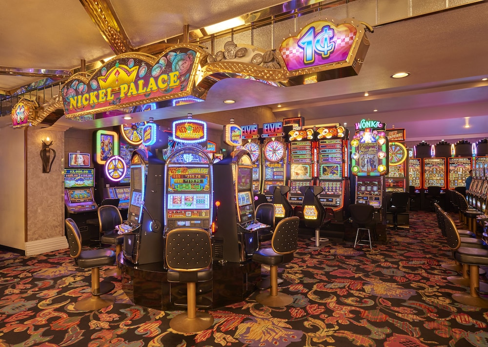 Interior, Four Queens Hotel and Casino (No Resort Fee)