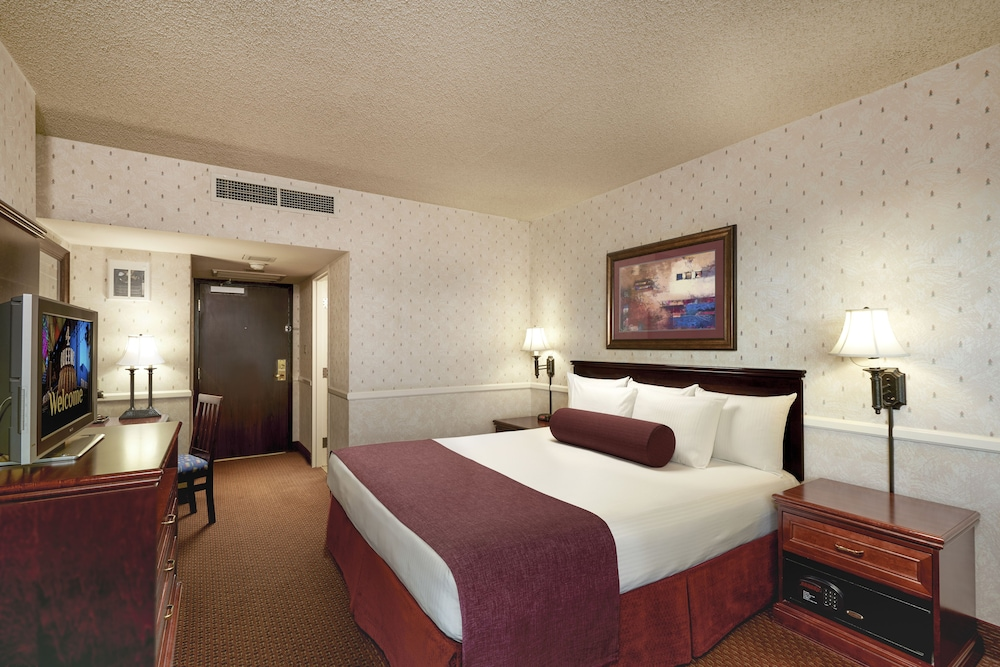 Room, Four Queens Hotel and Casino (No Resort Fee)