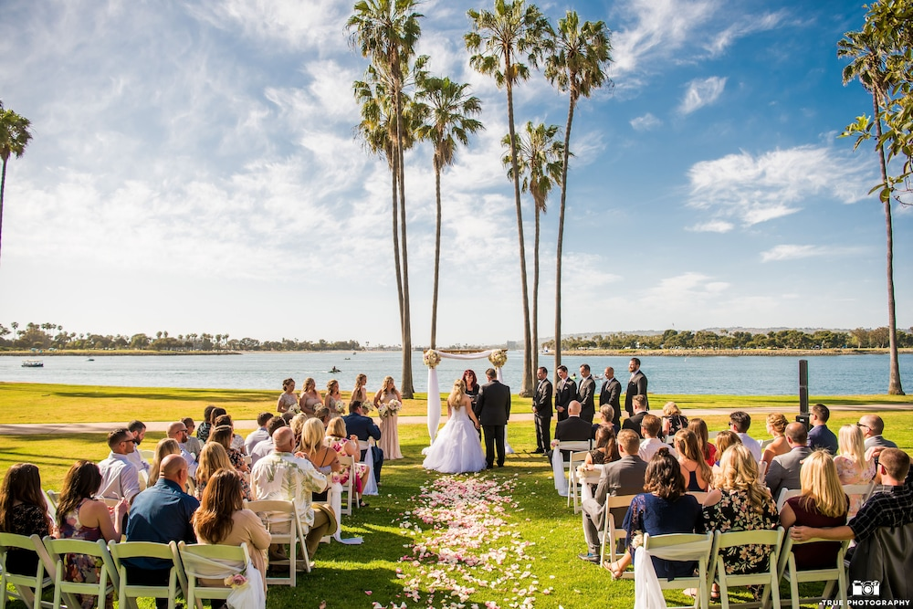 Outdoor Wedding Area, The Dana on Mission Bay