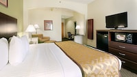 Executive Room, 1 King Bed, Non Smoking, Refrigerator & Microwave