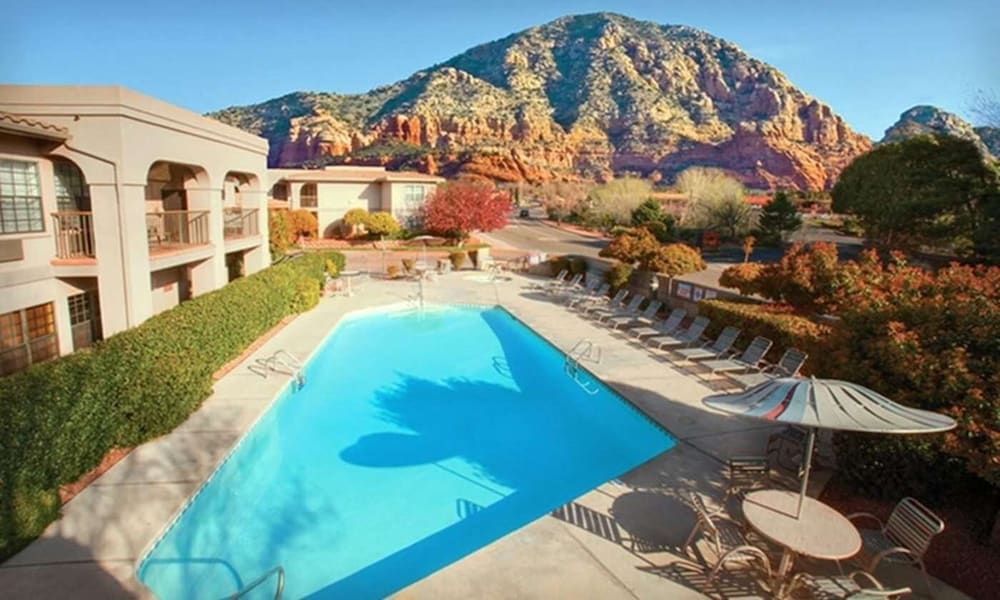 Outdoor Pool, Sedona Real Inn & Suites