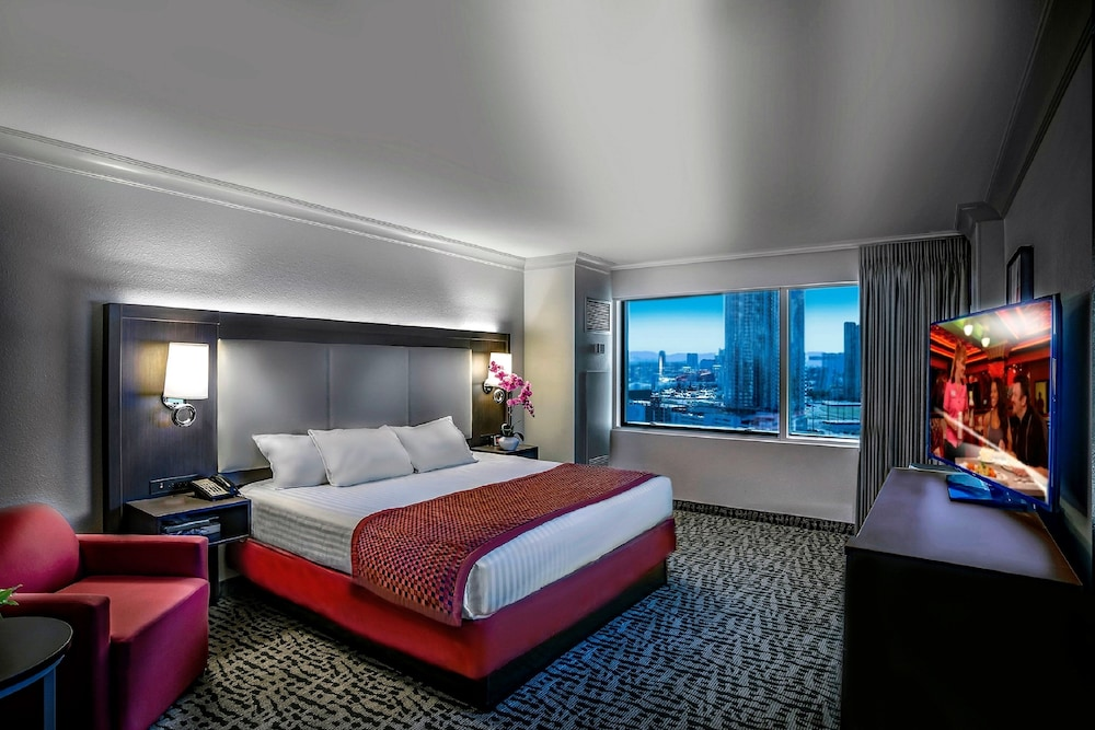 Room, The STRAT Hotel, Casino & Skypod, BW Premier Collection