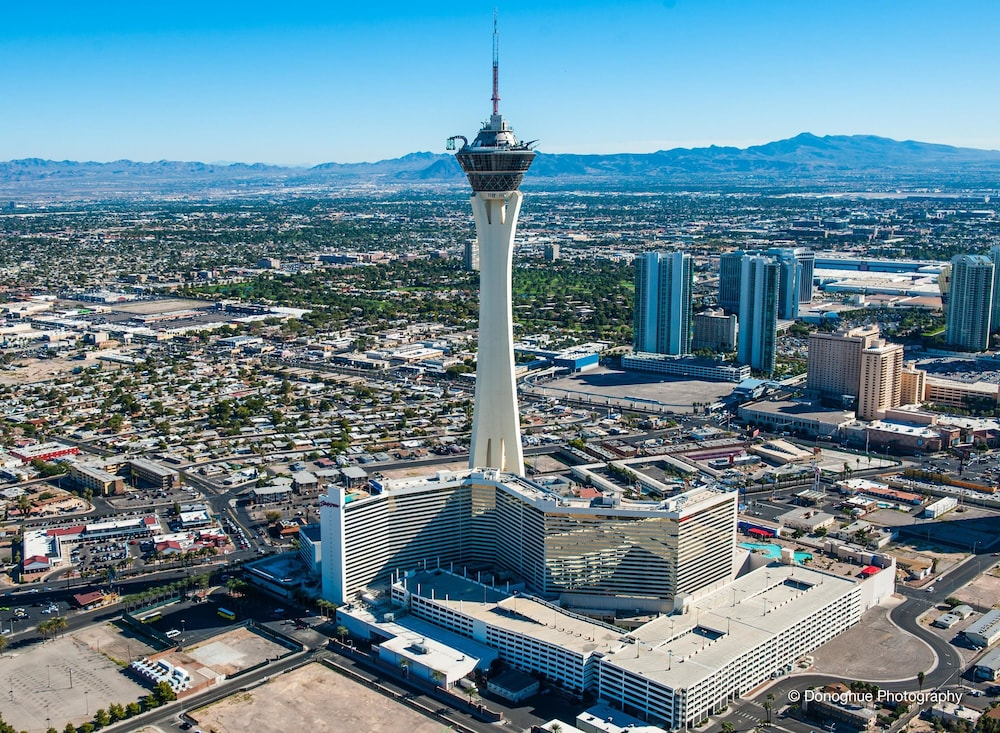 Stratosphere Tower Hotel