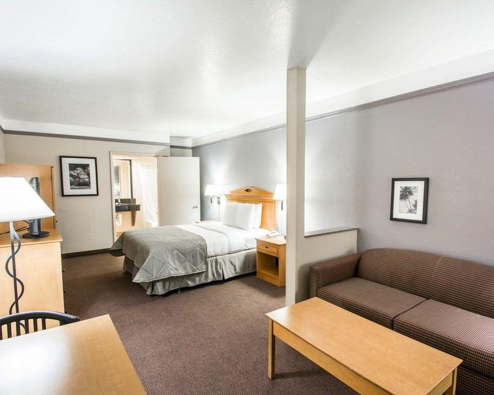 クラリオン スイーツ メインゲート clarion suites maingate | キシミー