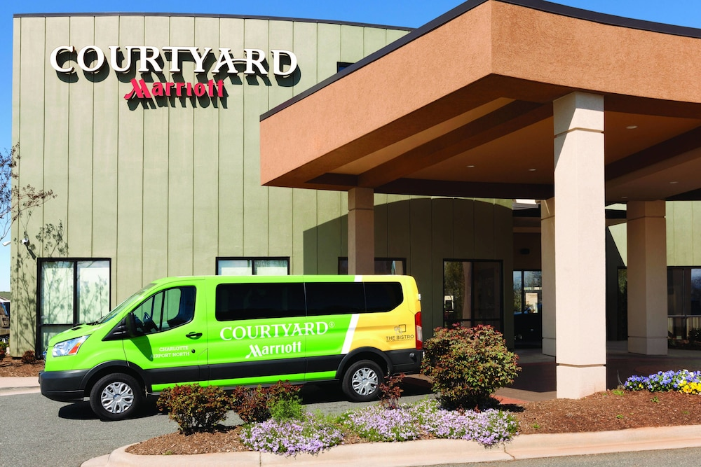 Airport Shuttle, Courtyard by Marriott Charlotte Airport North
