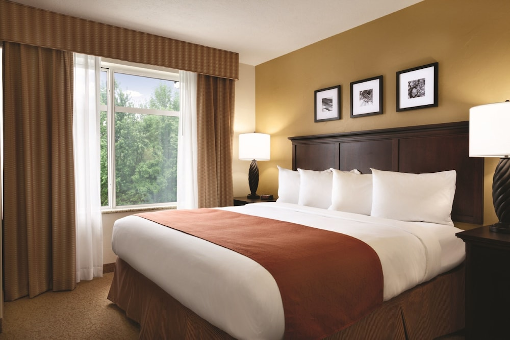 Room, Country Inn & Suites by Radisson, Tulsa, OK