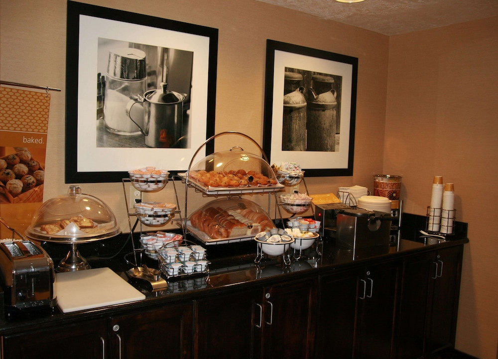 Breakfast buffet, Hampton Inn Salt Lake City - Murray