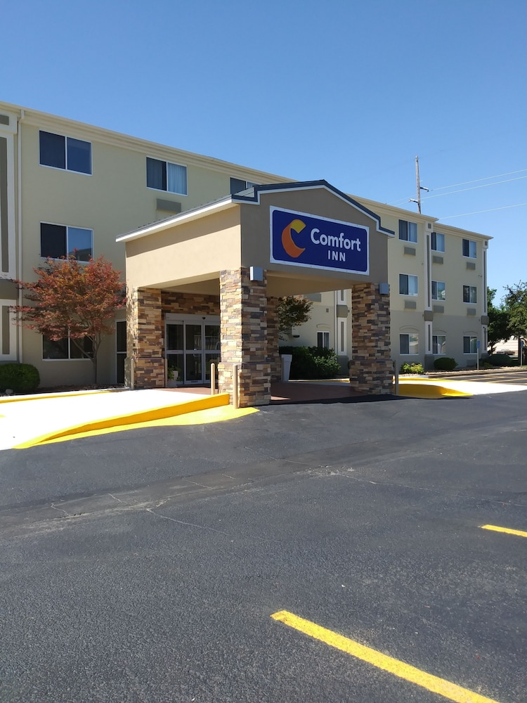Front of Property, Comfort Inn South Tulsa - Woodland Hills