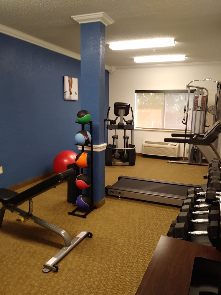 Fitness Facility, Comfort Inn South Tulsa - Woodland Hills