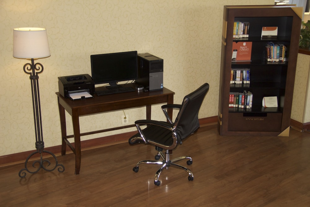 Business Center, Amanzi Hotel