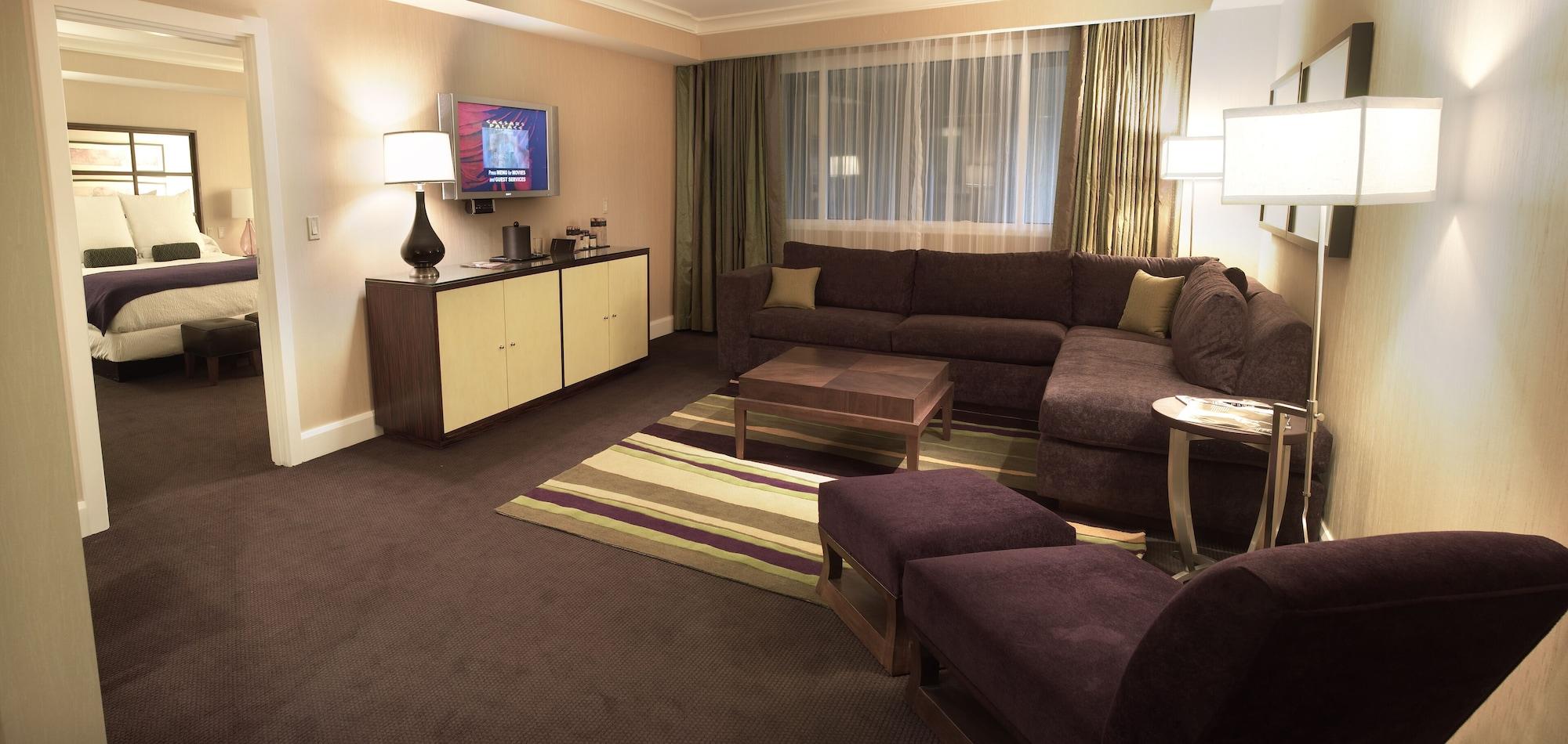 Forum Petite Suite, 1 King Bed