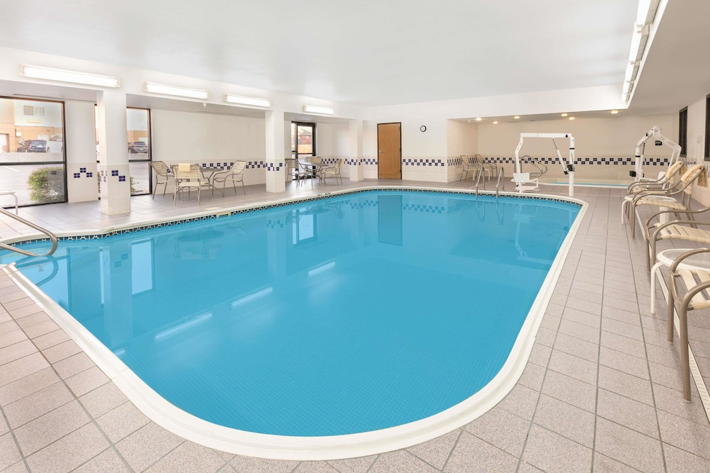 Pool, Baymont by Wyndham Oklahoma City/Quail Springs