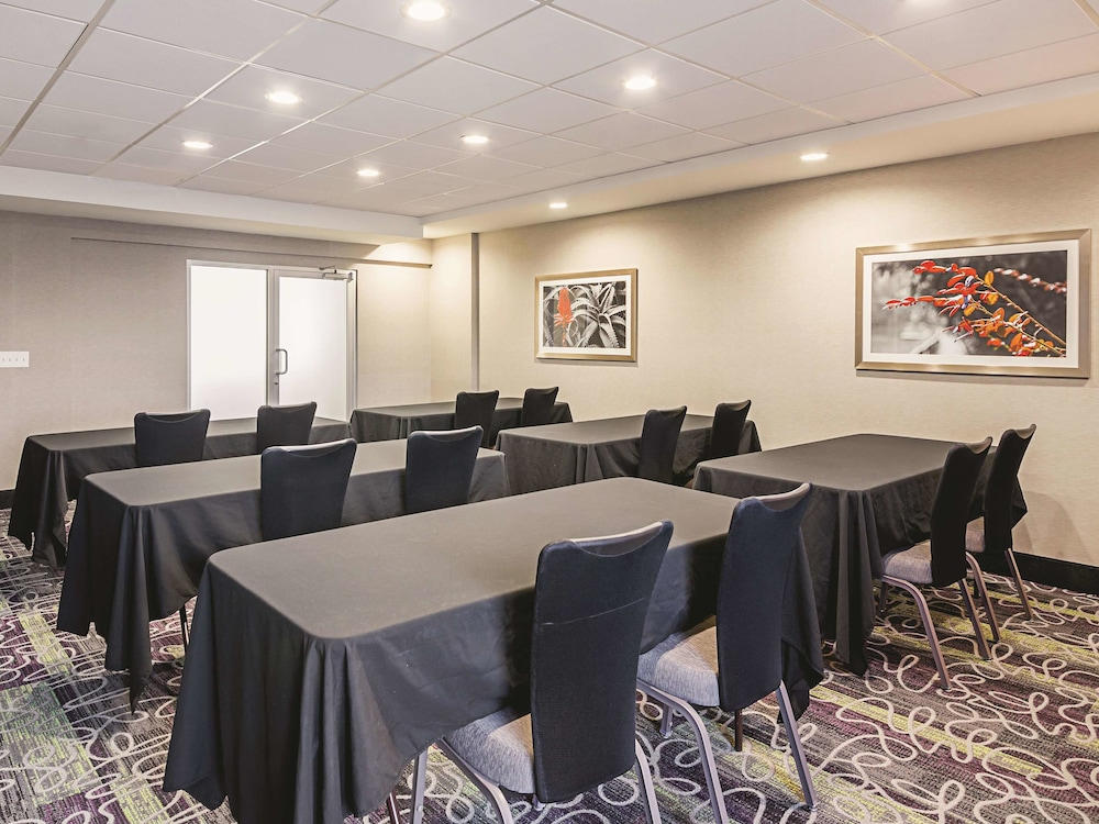 Meeting Facility, La Quinta Inn & Suites by Wyndham Austin Near The Domain