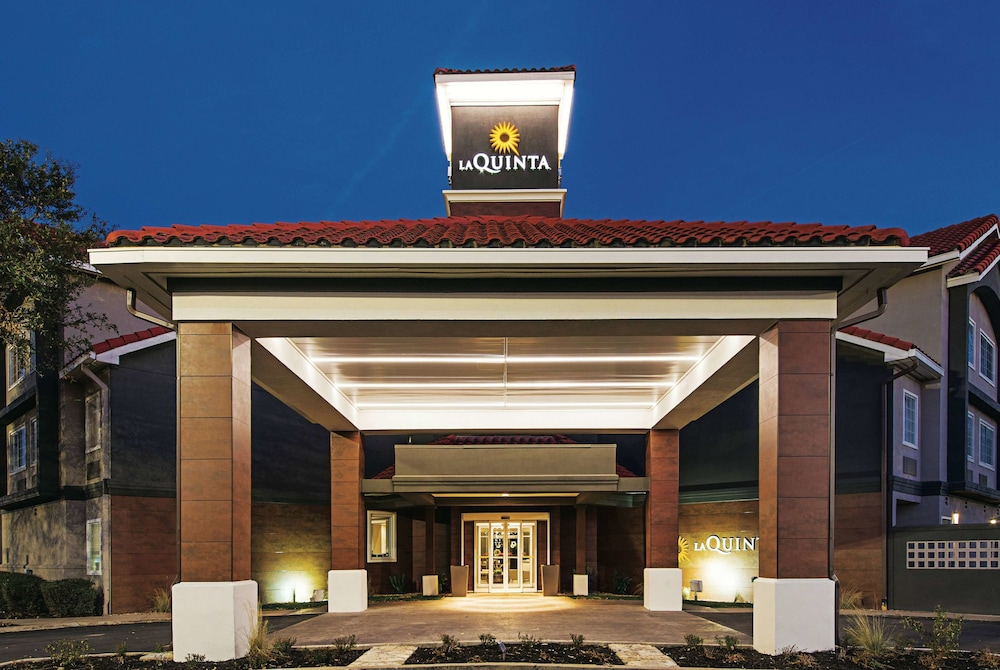 Featured Image, La Quinta Inn & Suites by Wyndham Austin Near The Domain
