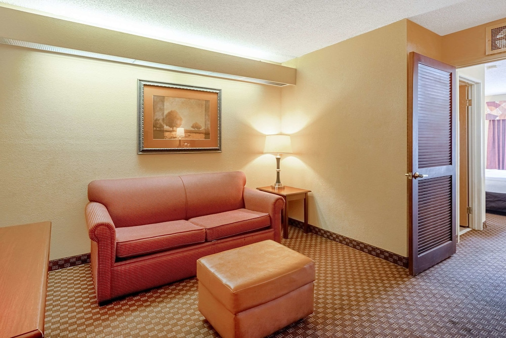 Room, Quality Suites