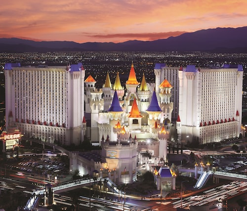 vegas hotel deals off the strip