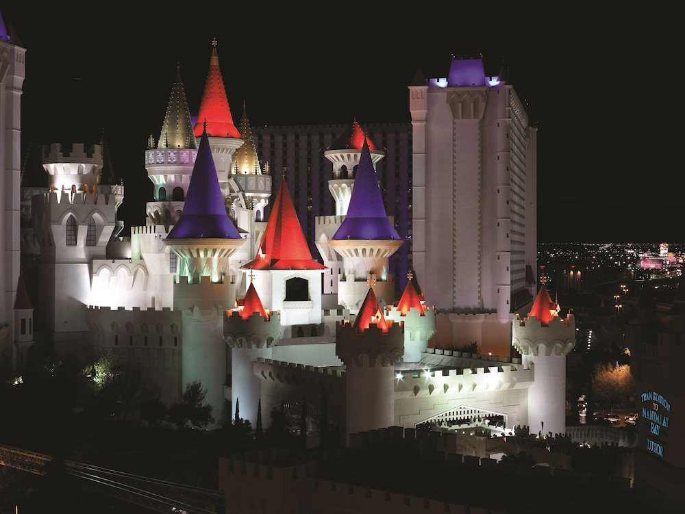 Compare prices and find the best deal for the Excalibur Hotel and Casino in Las Vegas (Nevada) on KAYAK. Rates from $ Save 25% or more on Hotels with KAYAK now! Compare prices and find the best deal for the Excalibur Hotel and Casino in Las Vegas (Nevada) on KAYAK. Find Hotel Deals/10(K).
