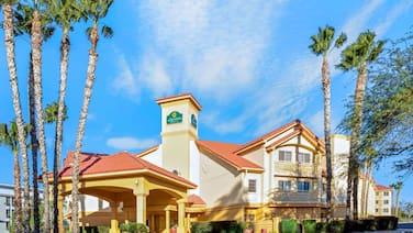 La Quinta Inn & Suites by Wyndham Tucson Airport