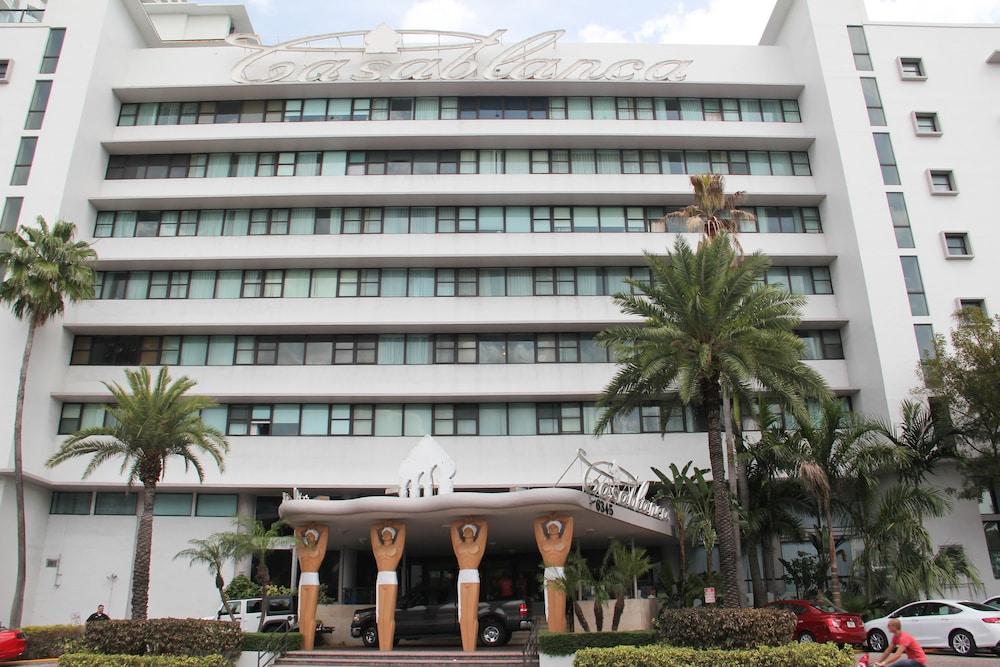 Casablanca Miami Beach Reviews