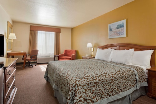 Great Place to stay Days Inn by Wyndham Lathrop near Lathrop