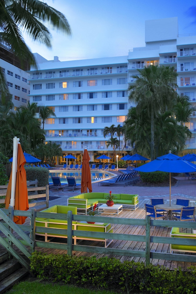 Four Points By Sheraton Miami Beach 3 5 Out Of 0 City View Featured Image